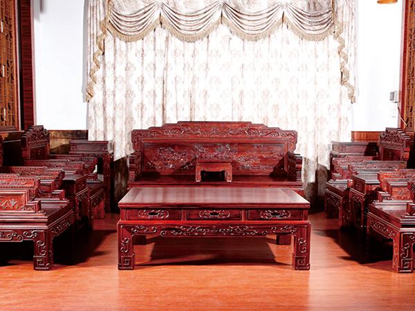 楠荞红浅析红木家具优缺点