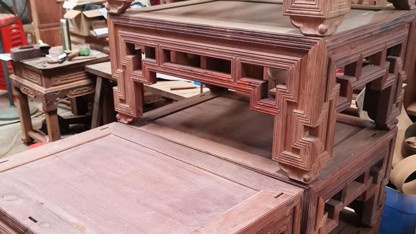 楠荞红红木家具工厂